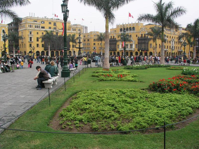 800px lima plaza mayor1 Cudze poznajmy kierunek Peru