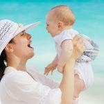 Jak chronić niemowlaka przed słońcem?