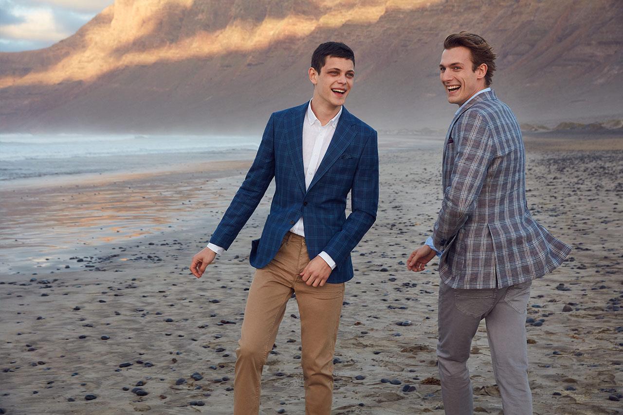 0b6c6671689bad Strona domowa Moda i Uroda Spodnie chino w modzie męskiej – propozycje  letnich stylizacji w stylu smart casual
